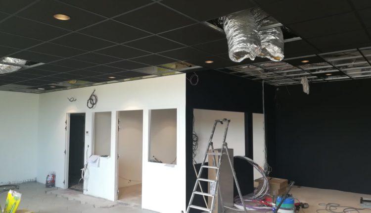 Travau de platrerie et optimisation de l'espace pour une entreprise à Angers